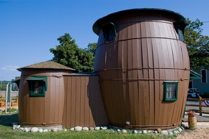 Pickle Barrel House (Grand Marais, Michigan, United States)