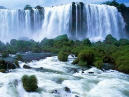 Breathtaking_Waterfalls_1