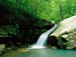 Breathtaking_Waterfalls_12