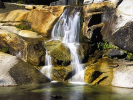 Breathtaking_Waterfalls_16